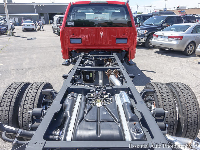 2017 F-450 Regular Cab DRW Cab Chassis #172230 - photo 22