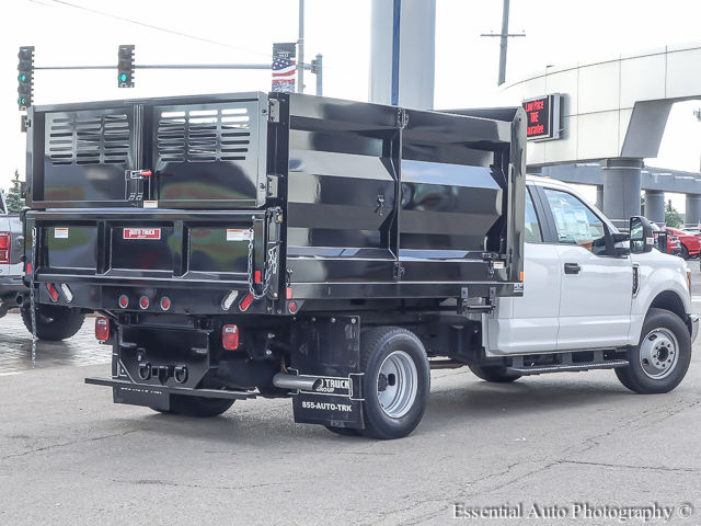 2017 F-350 Super Cab DRW, Rugby Uni-Body Landscaper Landscape Dump #172449 - photo 2