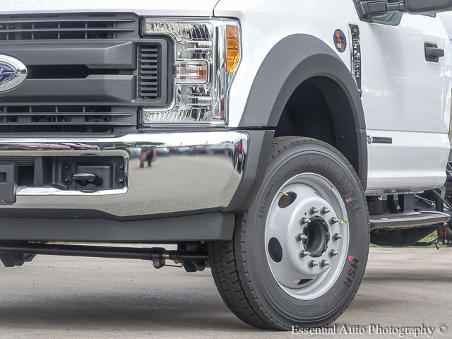 2017 F-450 Regular Cab DRW Cab Chassis #172725 - photo 4