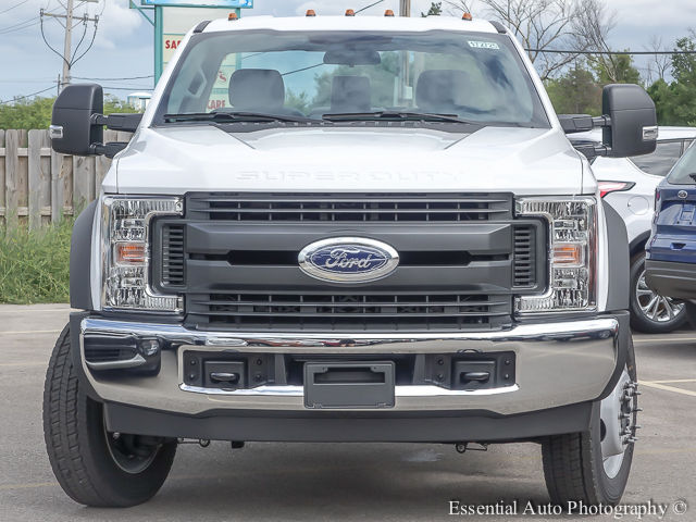 2017 F-450 Regular Cab DRW Cab Chassis #172725 - photo 5