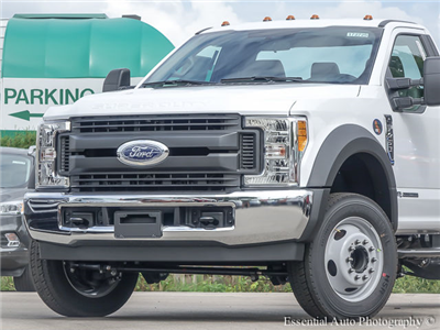 2017 F-450 Regular Cab DRW 4x2,  Cab Chassis #172725 - photo 3