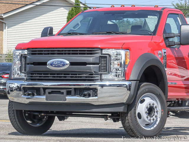 2017 F-550 Regular Cab DRW 4x2,  Cab Chassis #172762 - photo 3