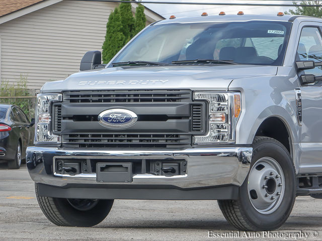 2017 F-350 Super Cab DRW Cab Chassis #172805 - photo 3