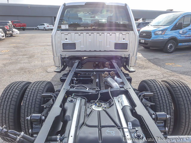 2017 F-350 Super Cab DRW Cab Chassis #172805 - photo 23