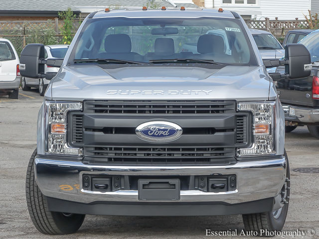 2017 F-350 Super Cab DRW Cab Chassis #172805 - photo 5