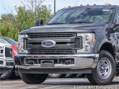 2017 F-250 Crew Cab, Pickup #172883 - photo 3