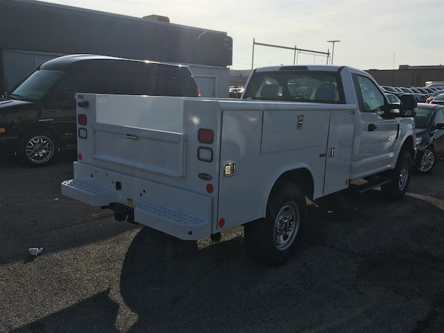 2017 F-350 Regular Cab 4x4,  Cab Chassis #173462 - photo 7