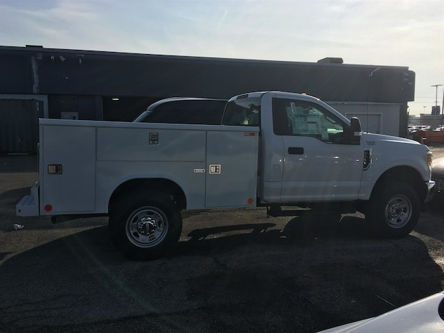 2017 F-350 Regular Cab 4x4,  Cab Chassis #173462 - photo 8