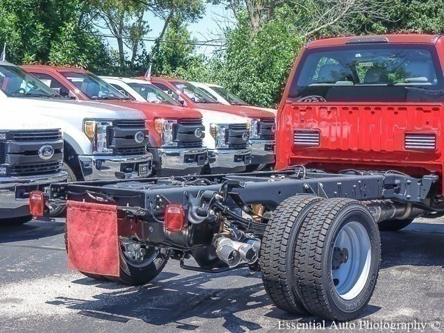 2018 F-450 Regular Cab DRW 4x2,  Cab Chassis #181943 - photo 3