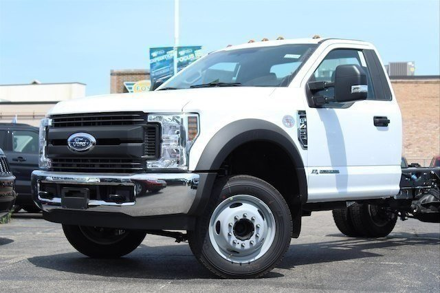 2018 F-450 Regular Cab DRW 4x2,  Cab Chassis #182359 - photo 3