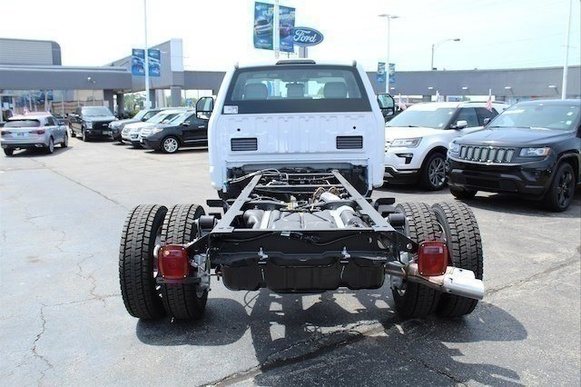 2018 F-450 Regular Cab DRW 4x2,  Cab Chassis #182359 - photo 9