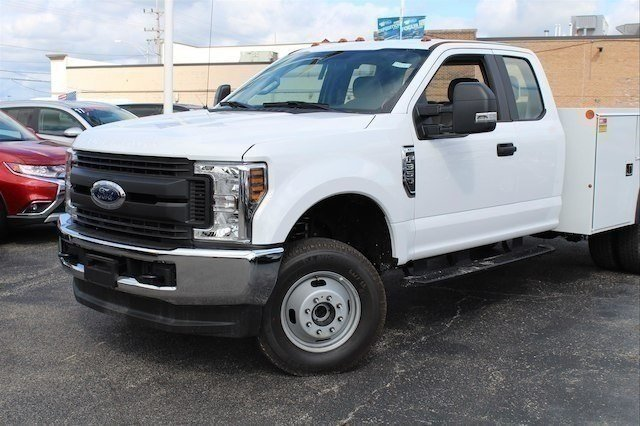 2018 F-350 Super Cab DRW 4x4,  Monroe Service Body #182741 - photo 3