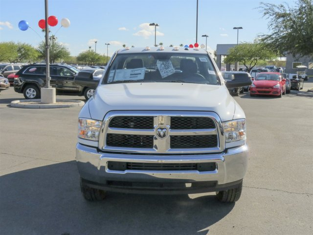 2016 Ram 3500 Crew Cab, Cab Chassis #D164027 - photo 3