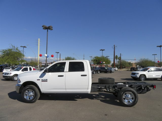 2016 Ram 3500 Crew Cab, Cab Chassis #D164027 - photo 5