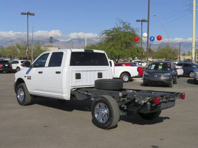 2016 Ram 3500 Crew Cab, Cab Chassis #D164027 - photo 6