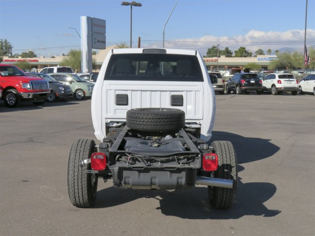 2016 Ram 3500 Crew Cab, Cab Chassis #D164027 - photo 7