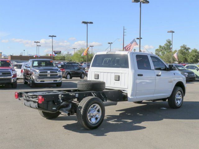 2016 Ram 3500 Crew Cab, Cab Chassis #D164027 - photo 2