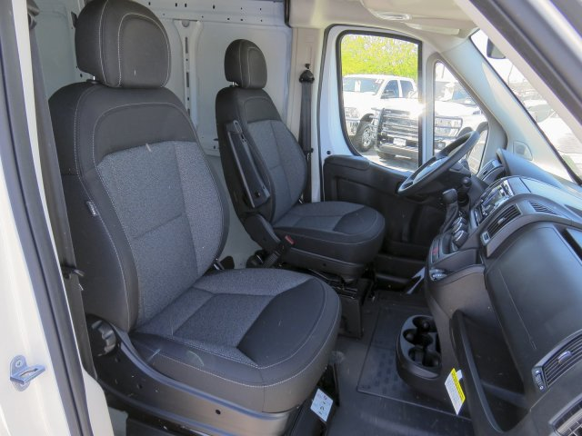 2017 ProMaster 2500 High Roof, Cargo Van #D172669 - photo 31