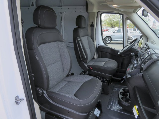 2017 ProMaster 2500 High Roof, Cargo Van #D172670 - photo 31