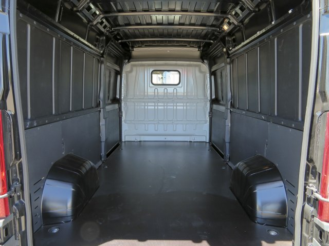 2017 ProMaster 2500 High Roof, Cargo Van #D173155 - photo 32
