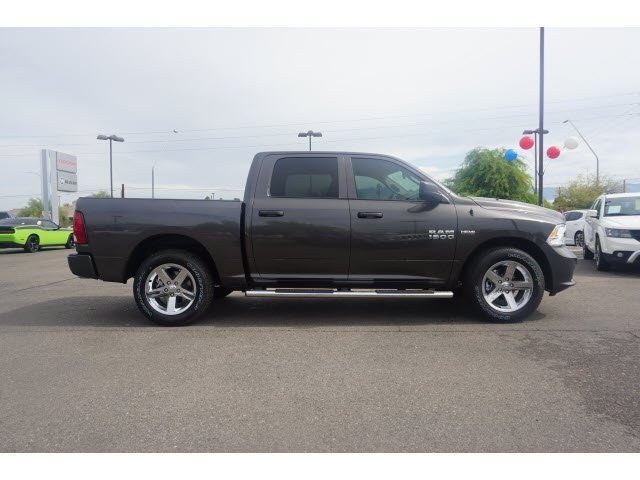 2017 Ram 1500 Crew Cab Pickup #D173612 - photo 4