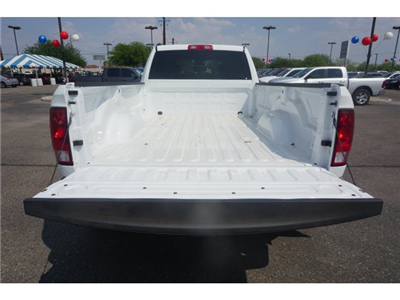 2017 Ram 3500 Crew Cab DRW 4x4 Pickup #D173905 - photo 6