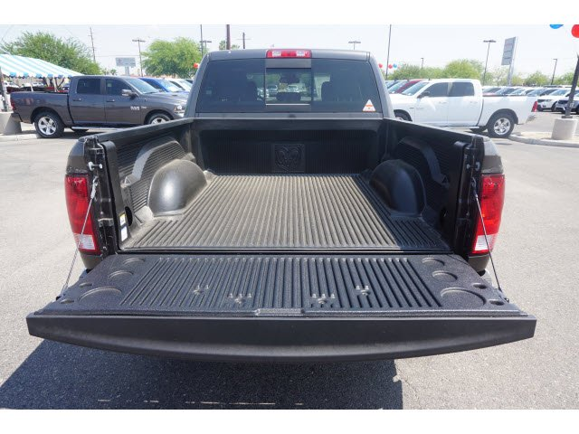 2017 Ram 1500 Crew Cab Pickup #D173937 - photo 6