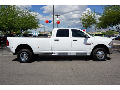 2017 Ram 3500 Crew Cab DRW 4x4, Pickup #D173976 - photo 4