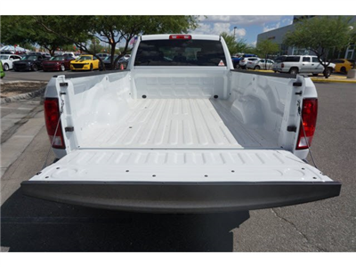 2017 Ram 3500 Crew Cab DRW 4x4, Pickup #D173976 - photo 6