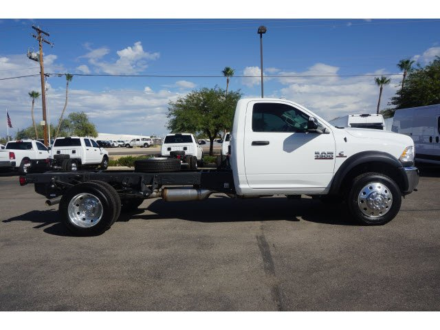 2017 Ram 4500 Regular Cab DRW, Cab Chassis #D174180 - photo 4