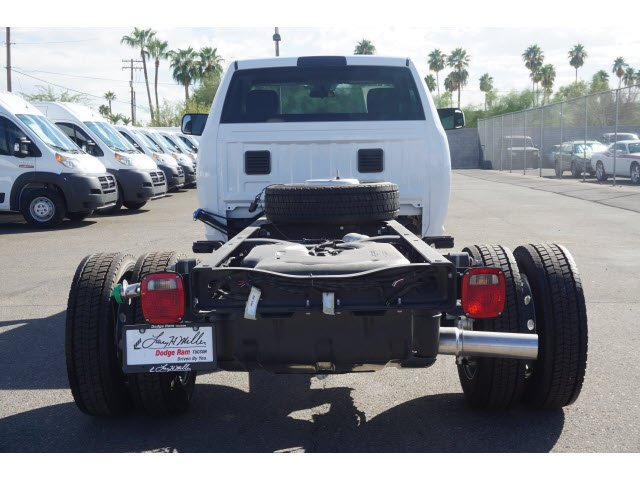 2017 Ram 4500 Regular Cab DRW, Cab Chassis #D174180 - photo 5