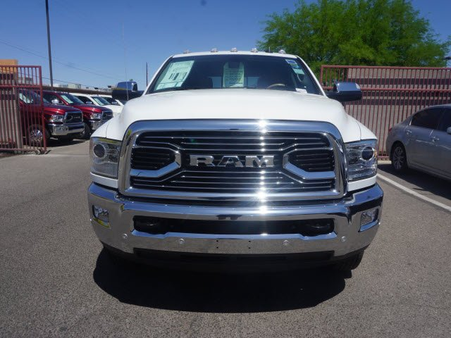 2018 Ram 3500 Crew Cab DRW 4x4, Pickup #D182349 - photo 3