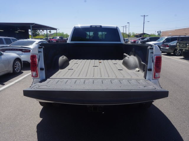 2018 Ram 3500 Crew Cab DRW 4x4, Pickup #D182349 - photo 6
