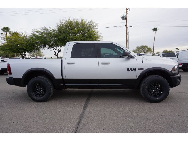 2018 Ram 1500 Crew Cab 4x4,  Pickup #D182387 - photo 4