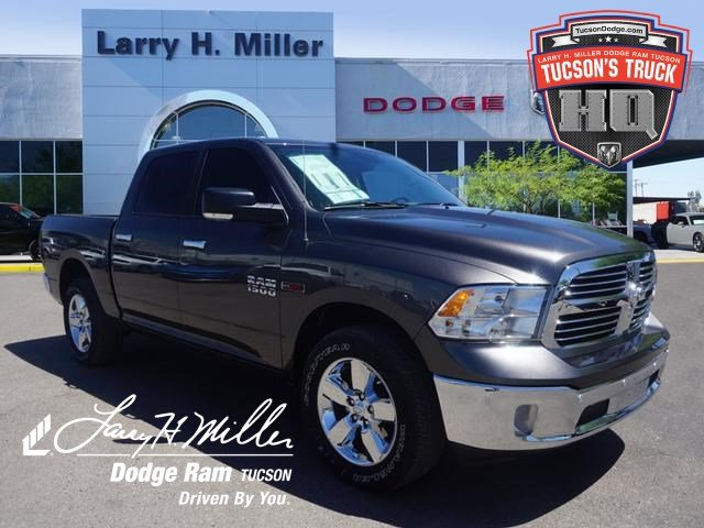 2018 Ram 1500 Crew Cab 4x4,  Pickup #D182830 - photo 1
