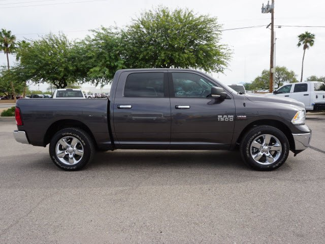 2018 Ram 1500 Crew Cab 4x2,  Pickup #D183029 - photo 4