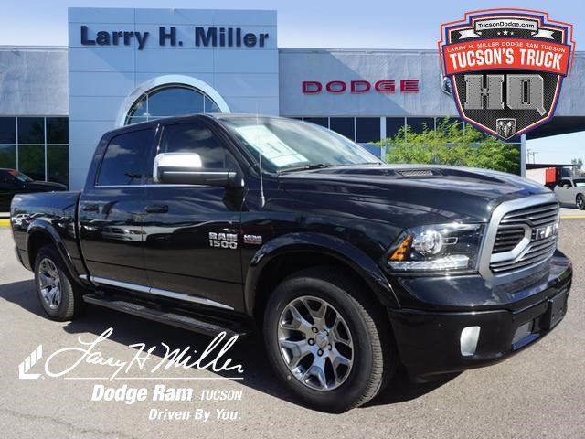 2018 Ram 1500 Crew Cab 4x4,  Pickup #D183220 - photo 1