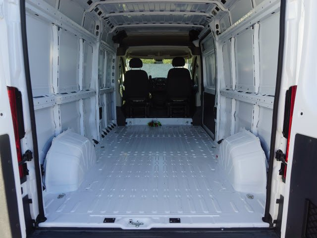 2018 ProMaster 2500 High Roof FWD,  Empty Cargo Van #D183396 - photo 2