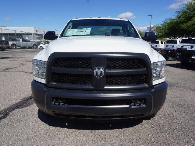 2018 Ram 3500 Regular Cab DRW 4x2,  Cab Chassis #D183416 - photo 3