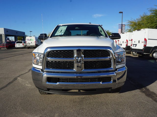 2018 Ram 2500 Crew Cab 4x2,  Pickup #D183669 - photo 3
