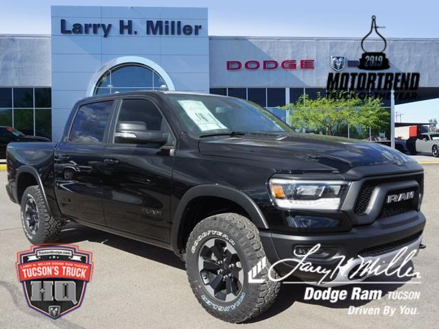 2019 Ram 1500 Crew Cab 4x4,  Pickup #D192073 - photo 1