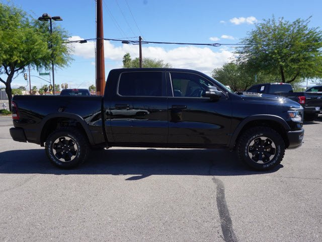 2019 Ram 1500 Crew Cab 4x4,  Pickup #D192221 - photo 4