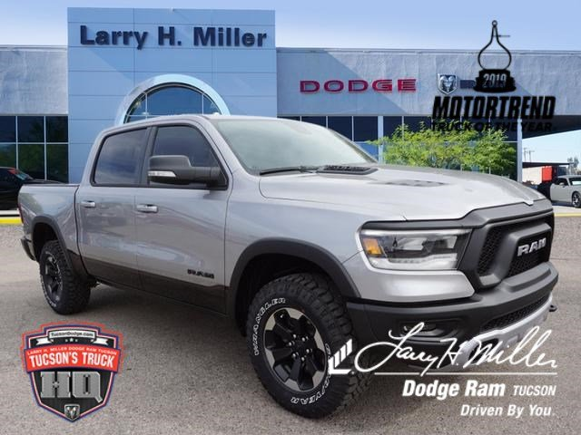 2019 Ram 1500 Crew Cab 4x4,  Pickup #D192245 - photo 1