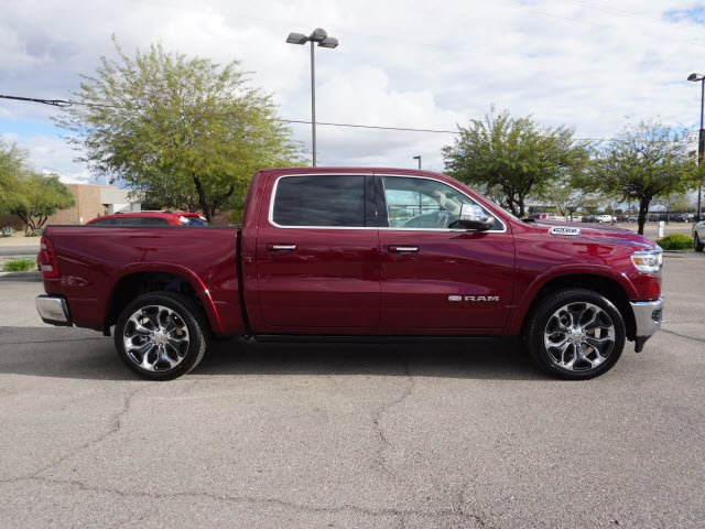 2019 Ram 1500 Crew Cab 4x4,  Pickup #D192360 - photo 4