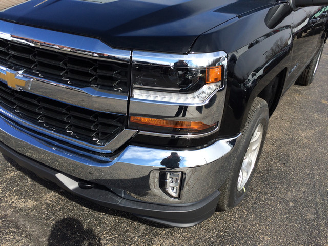 2017 Silverado 1500 Double Cab 4x4,  Pickup #C17737 - photo 7