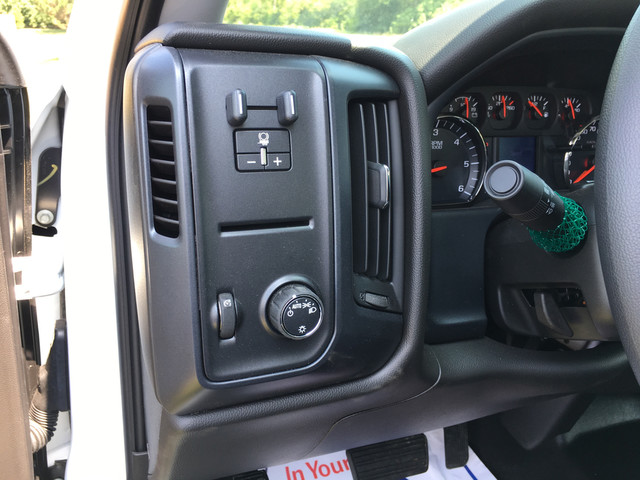 2017 Silverado 3500 Crew Cab Platform Body #C17996 - photo 13