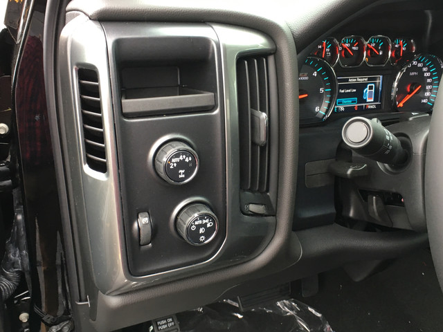 2018 Silverado 1500 Double Cab 4x4, Pickup #C18274 - photo 17