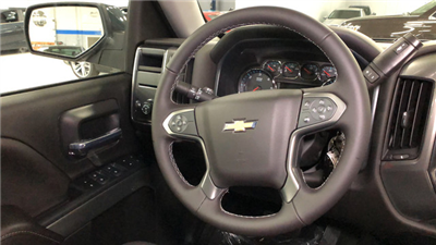 2018 Silverado 1500 Crew Cab, Pickup #C18280 - photo 17