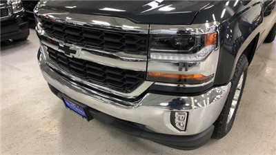 2018 Silverado 1500 Crew Cab, Pickup #C18280 - photo 5
