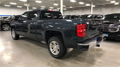 2018 Silverado 1500 Crew Cab, Pickup #C18280 - photo 2